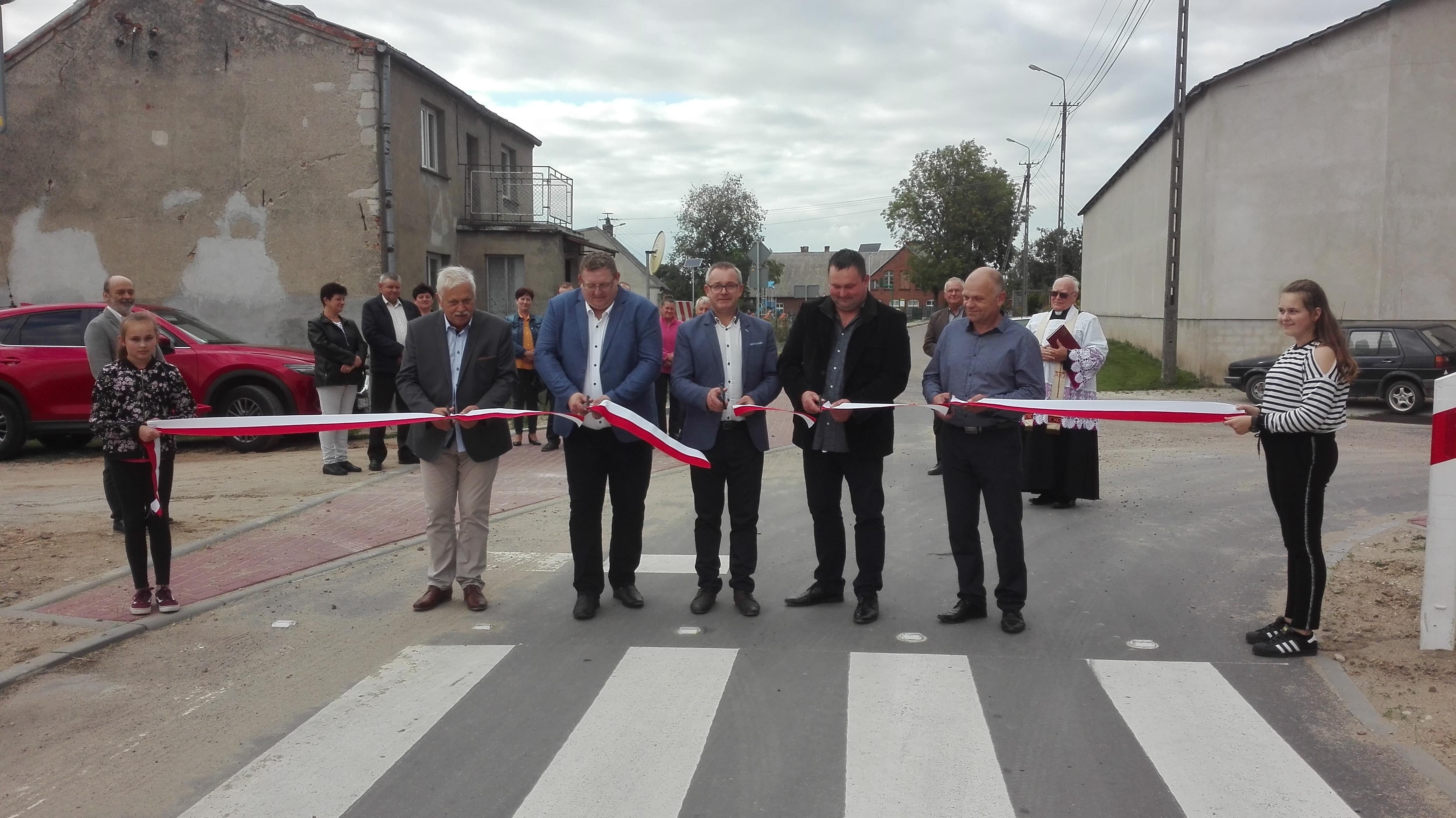 Ilustracja do informacji: Uroczyste otwarcie drogi Sugajenko-Sugajno